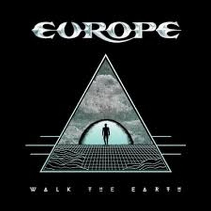 europe walktheearth700